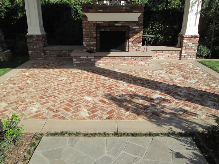 AFTER PICTURE OF STRIPPING, DEEP CLEANING, U0026 RESEALING BRICK PAVER PATIO  FLOORING, COLUMNS, U0026 FIREPLACE. PROFESSIONAL BRICK CLEANING U0026 SEALING IN  SAN DIEGO